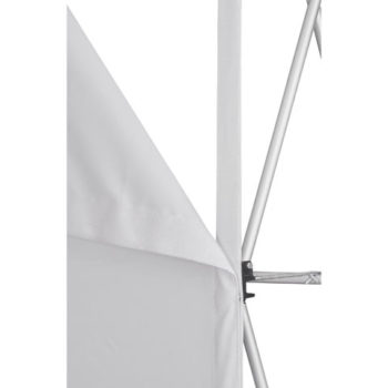 Legend Curved Bannerwall With Wings 2.85 X 2.25M